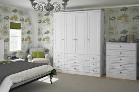 white on bedroomclassic bedroom bedrooms furniture mallard classic bedroom furniture classic white woodgrain mallard