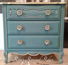 How To Repaint A Nightstand Chalk Paint Nightstand Best 25 Painted Night Stands Ideas On