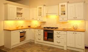 light rail molding for kitchen cabinets kitchen cabinet moulding interlearn info