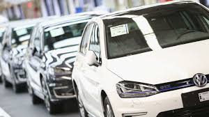 volkswagen dieselgate volkswagen to pay 4 3bn in us fines over diesel emissions scandal