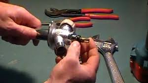 How To Fix A Dripping Kitchen Faucet by How To Repair A Leaky Kitchen Faucet Single Lever Moen