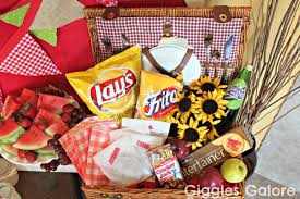 picnic basket ideas family bbq party ideas