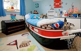 deco pirate chambre design interieur déco chambre enfant garçon thème lit