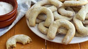 vanilla u0026 walnut crescent cookies recipe happyfoods youtube