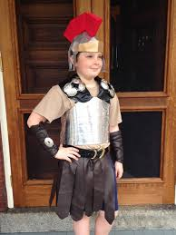 trojan halloween costume make your own trojan helmet from paper