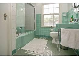 Green Bathroom Ideas by Best 25 Retro Bathrooms Ideas On Pinterest Retro Bathroom Decor