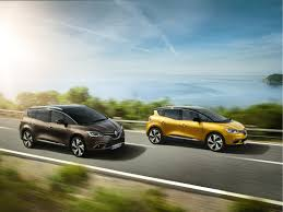 renault ireland green pioneer test renault scénic hybrid assist fleet europe