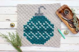 free pattern c2c crochet christmas bulb make u0026 do crew