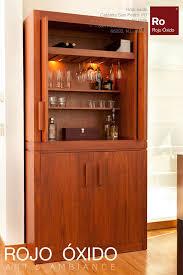Rojo Tall Cabinet Mueble Bar Archivos Rojo óxido Español Trinches Bar