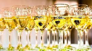 wedding gift glasses 8 personalized bridesmaid wine glasses bridesmaids wedding gifts
