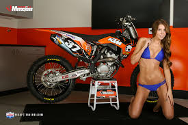 girls on motocross bikes kelsey and our ktm 250 sx f transworld motocross