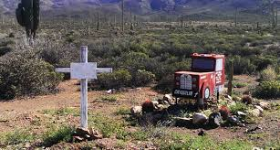 roadside crosses roadside memorials of baja california mexico album on imgur