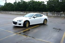 subaru brz white black rims subaru brz first look at modifications and track racing