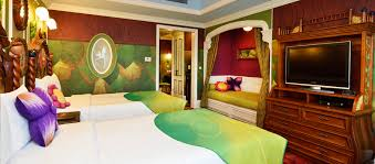themed rooms tokyo disneyland unveils new disney character themed hotel rooms