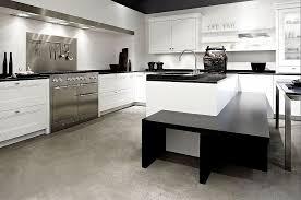 küche mit insel l form küche mit insel und essplatz in weiß
