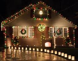 christmas lawn decorations christmas lawn decoration pictures lovetoknow