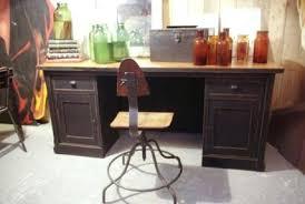 vieux bureau en bois repeindre un bureau en bois tras charmant repeindre un bureau en
