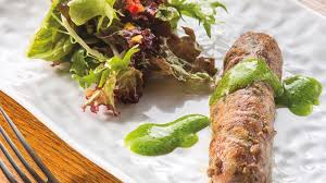 cuisiner des pieds de cochon pied de cochon désossé en crépinette et jus aux herbes arts