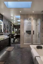Pinterest Bathroom Decor by Best 25 Modern Master Bathroom Ideas On Pinterest Double Vanity