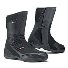 women s cruiser motorcycle boots warm weather boot buyers guide