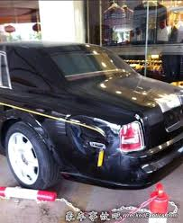 roll royce vietnam rolls royce phantom wrecked in hebei china