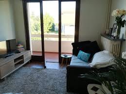 femme de chambre geneve chambre à louer chez l habitant ève suisse roomlala