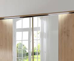 Schlafzimmer Spiegel Mit Beleuchtung Schwebetürenschrank In Erle Mit Spiegel Und Beleuchtung Ageo