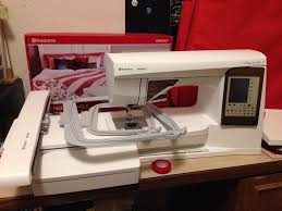 husqvarna viking sewing quilting embroidery machine topaz 50 1 jpg