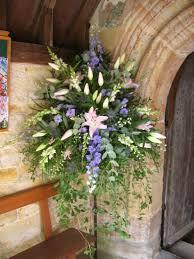 Foliage Flower - pedestal with soft trailing foliage arreglos florales