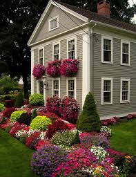 Front Yard Gardens Ideas Curb Appeal 20 Modest Yet Gorgeous Front Yards