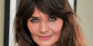 Haircuts That Make You Look Younger Best Hairstyles With Bangs Younger Looking Bang Haircuts
