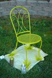 Spray Painting Metal Patio Furniture - best 20 spray paint chairs ideas on pinterest refinished chairs
