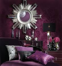 wandgestaltung schlafzimmer lila 30 interessante vorschläge für tapeten im schlafzimmer archzine net
