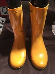 yellow uggs boots s shoes ugg s yellow rubber boots size us 8 eu 39 ebay