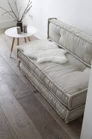 Small Space Sofa by Best 25 Sofas For Small Spaces Ideas On Pinterest Couches For