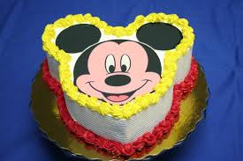 Mouseplanet Celebrations Are A Piece Of Cake At Disneyland By