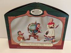 hallmark keepsake ornament box light motion