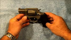 taurus model 85 protector polymer revolver 38 special p 1 75 quot 5r taurus model 85 38 special ultralight youtube