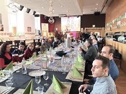 chambre de commerce luxembourg restaurant à table avec les réfugiés explorator le guide des restaurants au