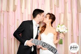 wedding backdrop singapore photobooths in singapore where to rent instant photography