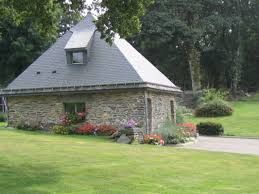 Glissiere Toboggan Seule by Location De Vacances 22g410612 Pour 2 Personnes à Laniscat Dans