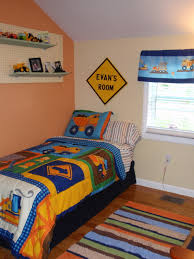 construction truck themed toddler boy u0027s room theme is circo u0027s