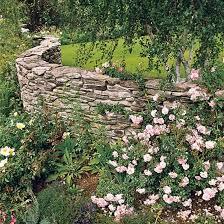 steinmauer im garten bauen u2013 ideen für attraktive