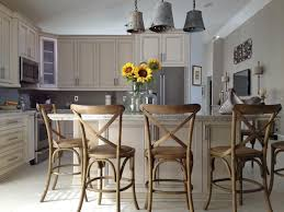 kitchen island with stools hgtv