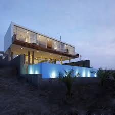 Beach House Designs Rectangular Beach House With Floating Glazed Upper Floor