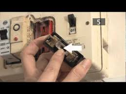 how to change a fuse in a traditional fuse box youtube
