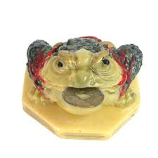 feng shui yellow feng shui colour bagua three legged money frog toad d1007 in