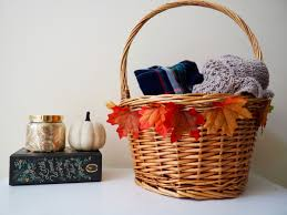 simple faux leaf basket diy project for fall interior designs