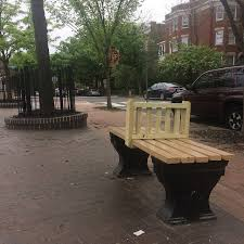 Park Benches This Park Bench In D C Has People Outraged Attn