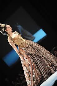 wedding dress batik 241 best kebaya batik images on batik dress batik